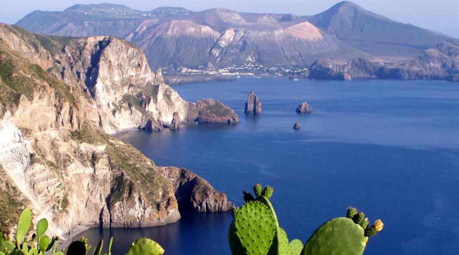 vista sull'isola di Vulcano