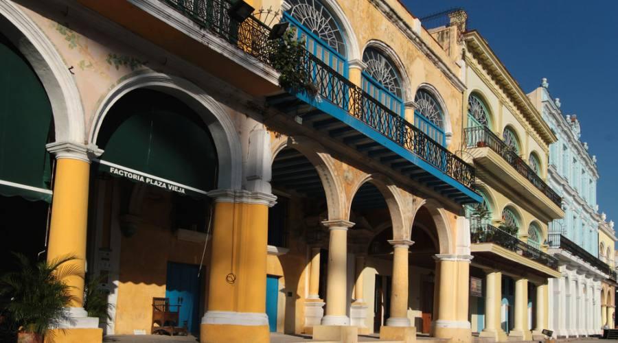 Archi di Piazza Vecchia, Avana