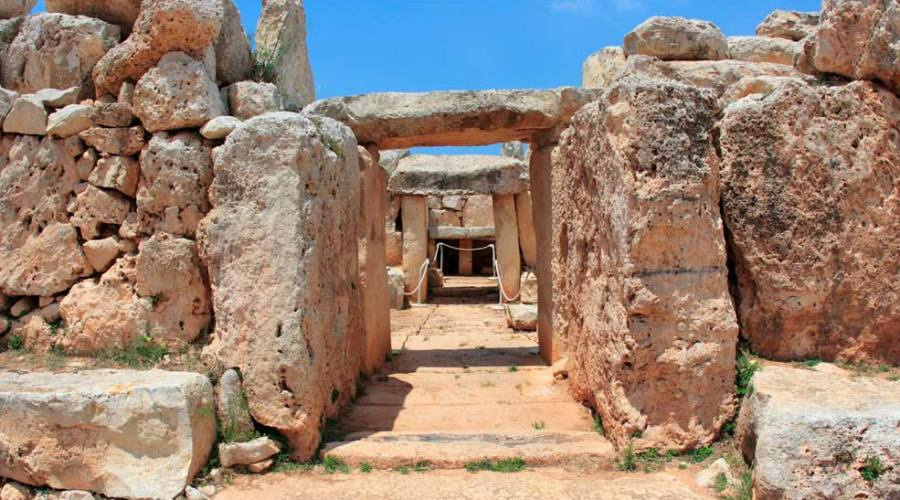 Templi Megalitici di Menaidra a Malta