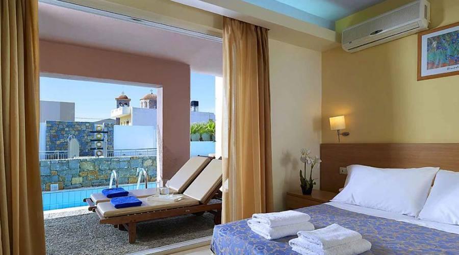 Sissy bay hotel con animazione in prima linea sul mare for Piccoli piani bungalow