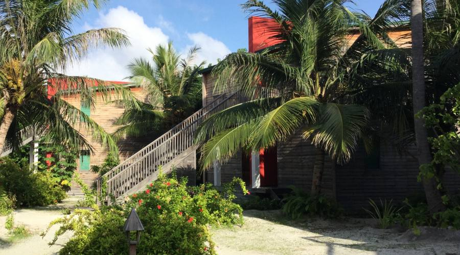 Ingresso camere Beach Front (piano terra) e Ocean View (primo piano) al Barefoot resort