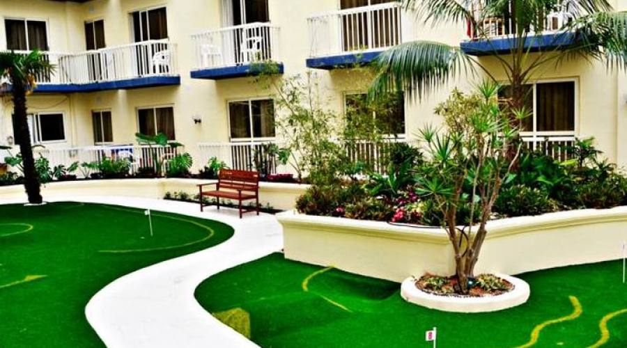 Qawra Palace Hotel: Mini Golf