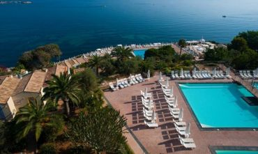 Elegante Resort 4 stelle in Posizione panoramica
