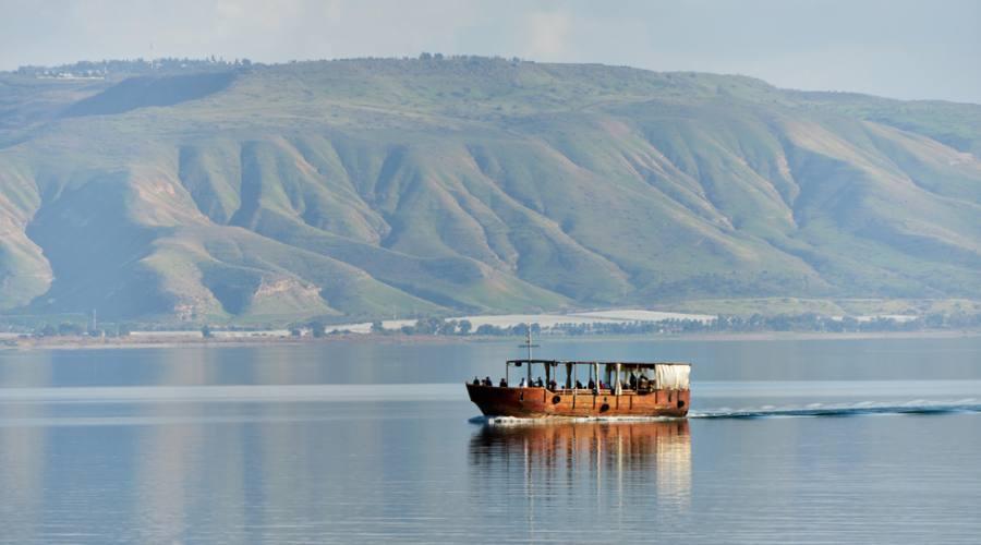 Barca sul Mare di Galilea