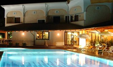 Club Hotel Uappala con nave inclusa