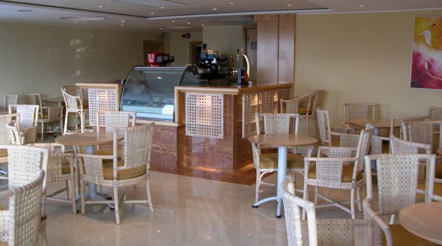 Calypso Hotel: Bar