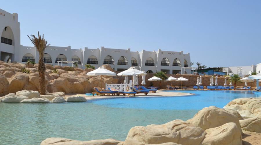 vista hotel dalla piscina