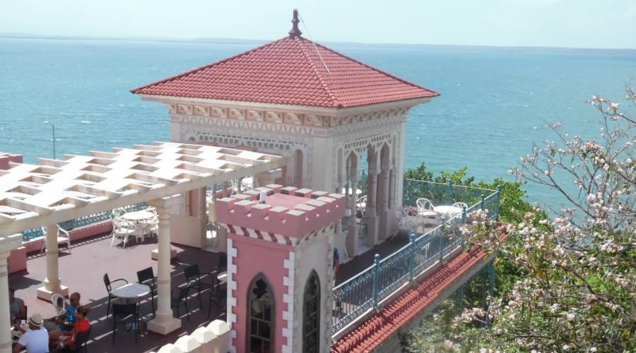 Cienfuegos, Palacio de Valle