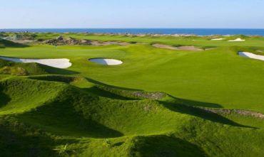 Scopri l'Oman giocando a Golf...