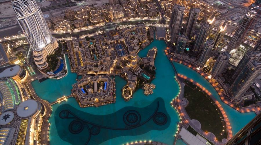 Dubai di notte
