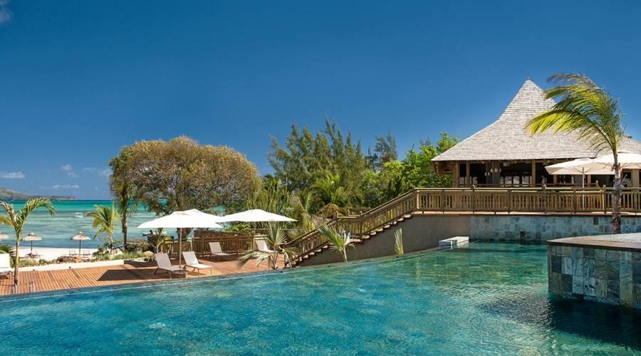 La piscida dell'hotel Zilwa Attitude a Mauritius