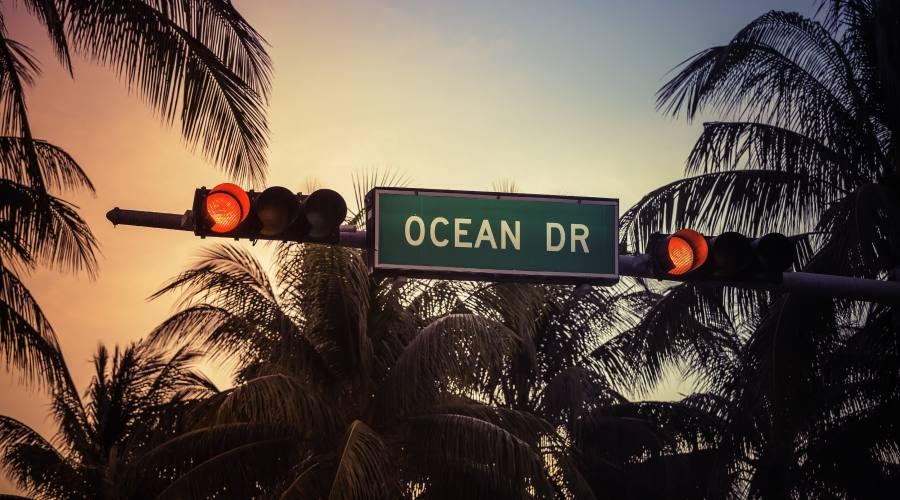 Ocean drive sign