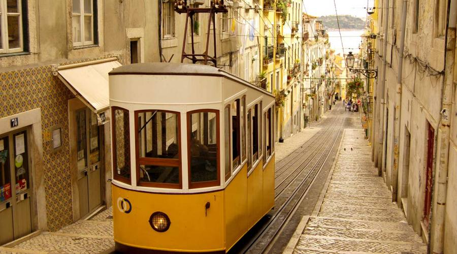Bica Tram a Lisbona