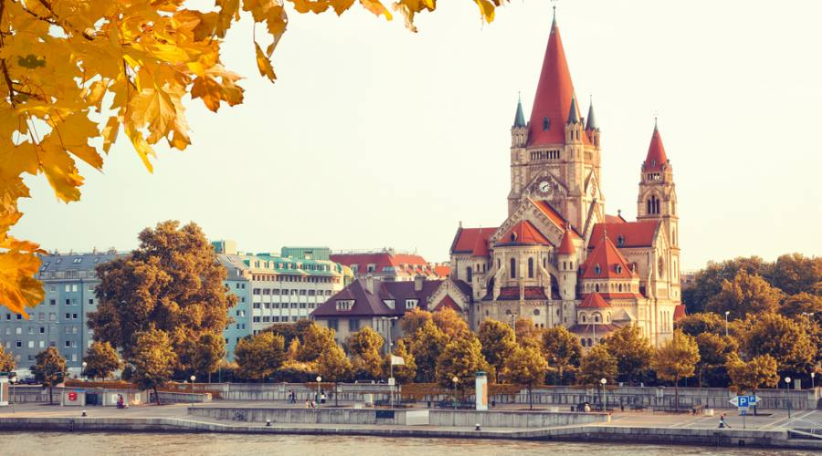Vienna, in navigazione
