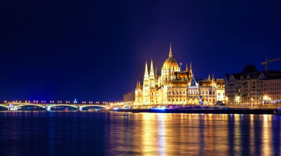 Budapest, magia della sera