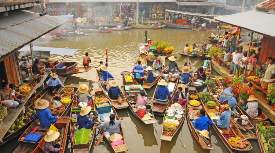 Bangkok: il mercato galleggiante