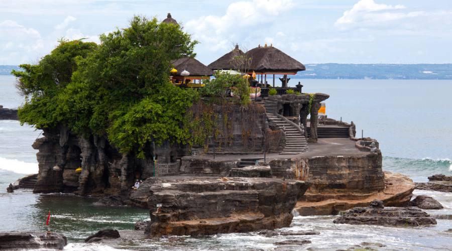 Il Tempio Tanah Lot a Bali