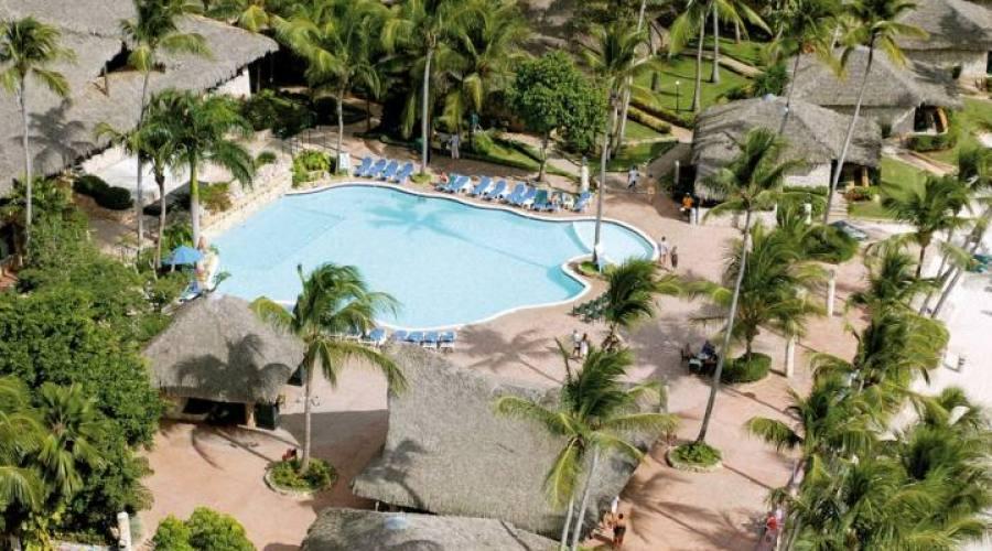 Vista dall'alto della piscina del Viva Dominicus Beach