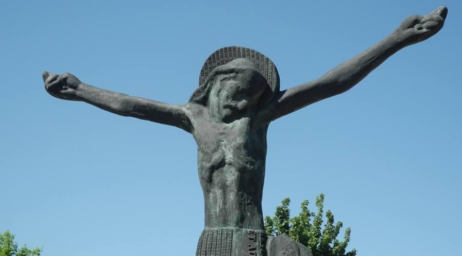 Scultura del Cristo Risorto