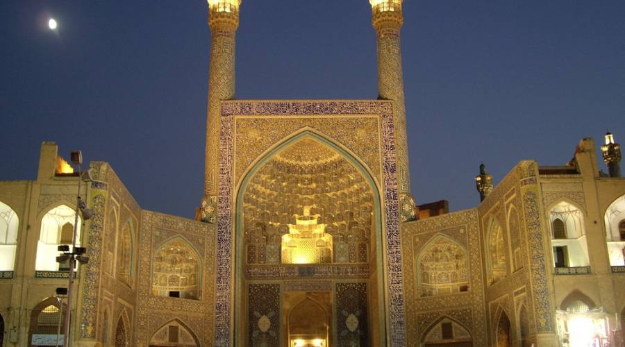 Yazd: moschea al tramonto