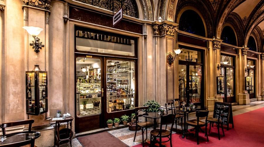 Vienna, storico cafè