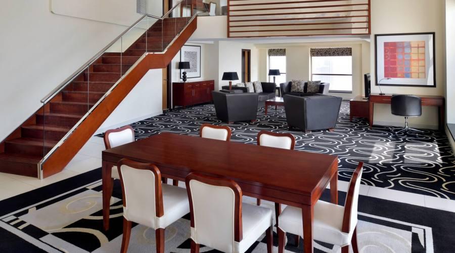 Duplex suite living