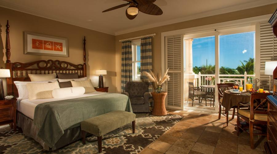 Beach House Oceanview 1-Bedroom Walkout Butler Suite