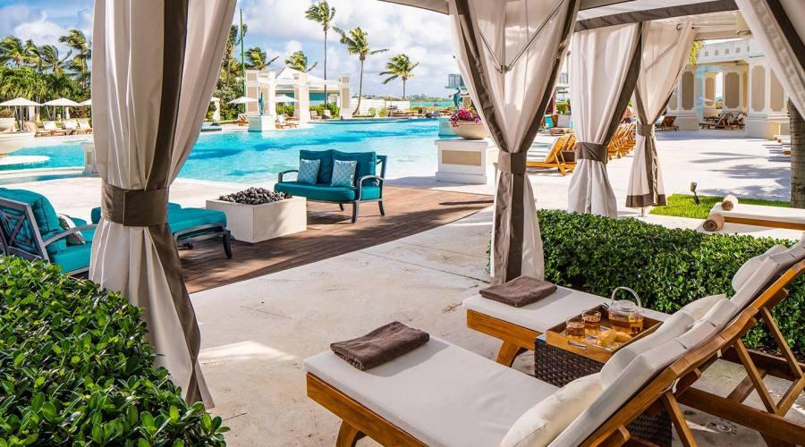 Relax a bordo piscina
