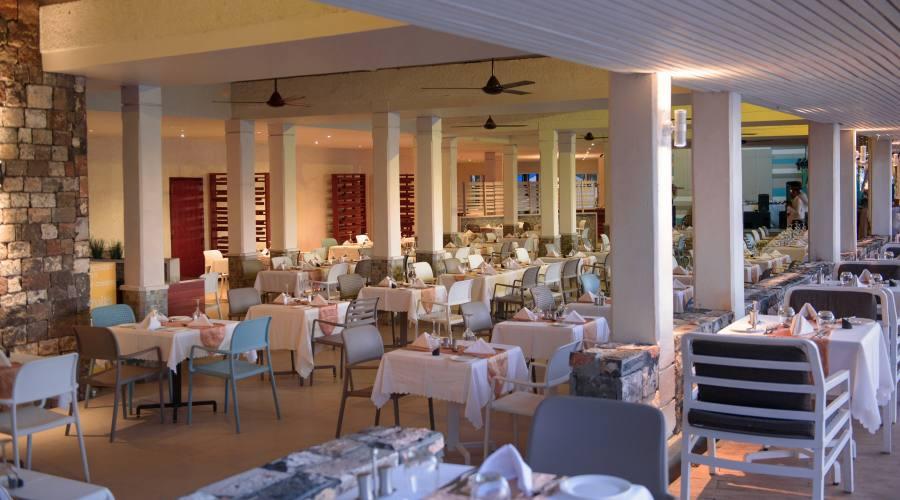 Il ristorante principale - La Toque Blanche