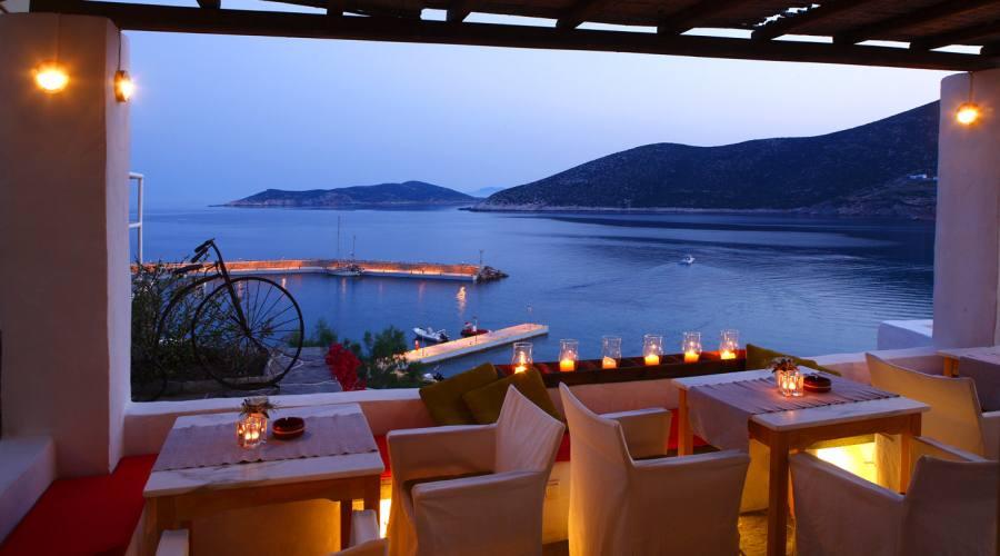 Il ristorante al tramonto...