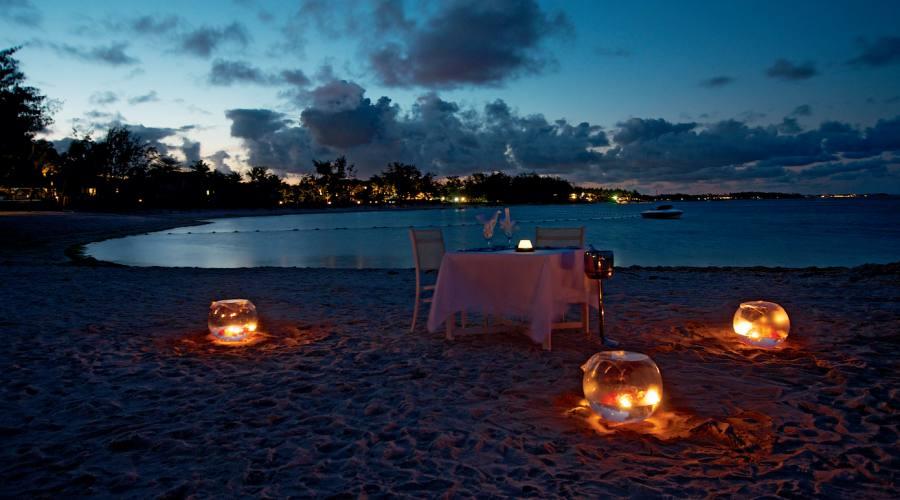 La vostra cena romantica sulla spiaggia