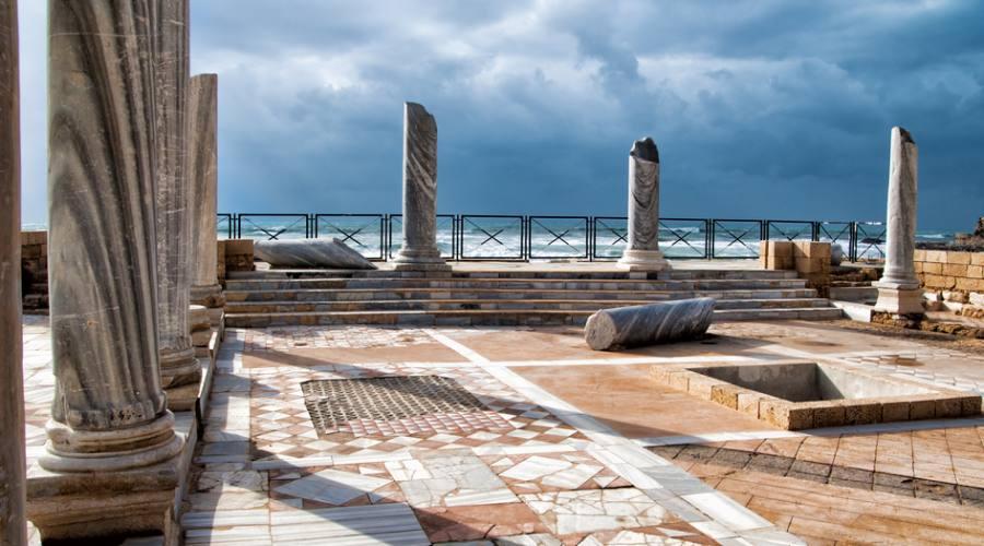 Tour Israele Colonne Ceasarea