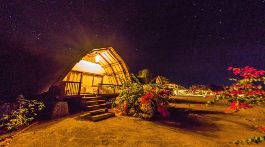 il bungalow di notte