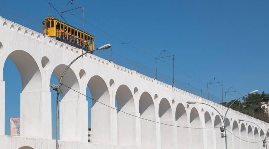 Tour Eno-gastronomico: Rio Arcos de Lapa