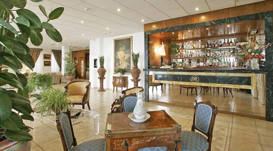 il bar nella lobby
