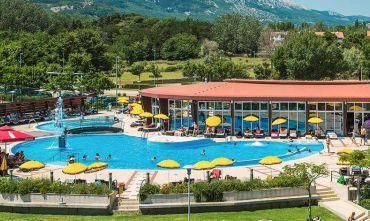 Hotel  3 stelle sulla bella spiaggia di Baška