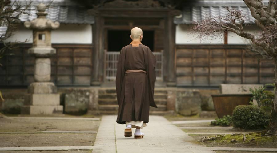 Monaco in un monastero di Kamakura