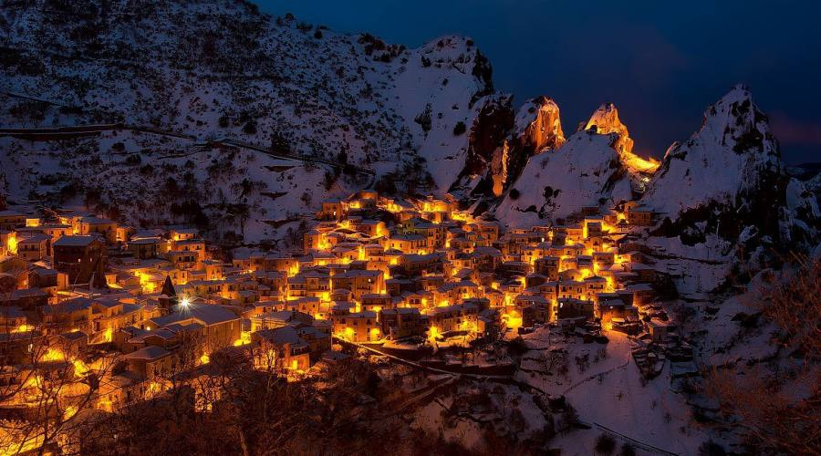 Castelmezzano by night