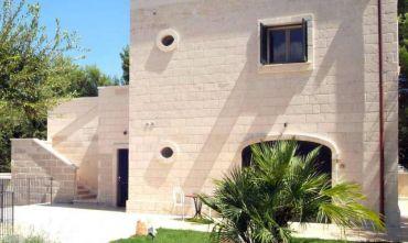 Borgo di Trulli e Masseria 4 stelle