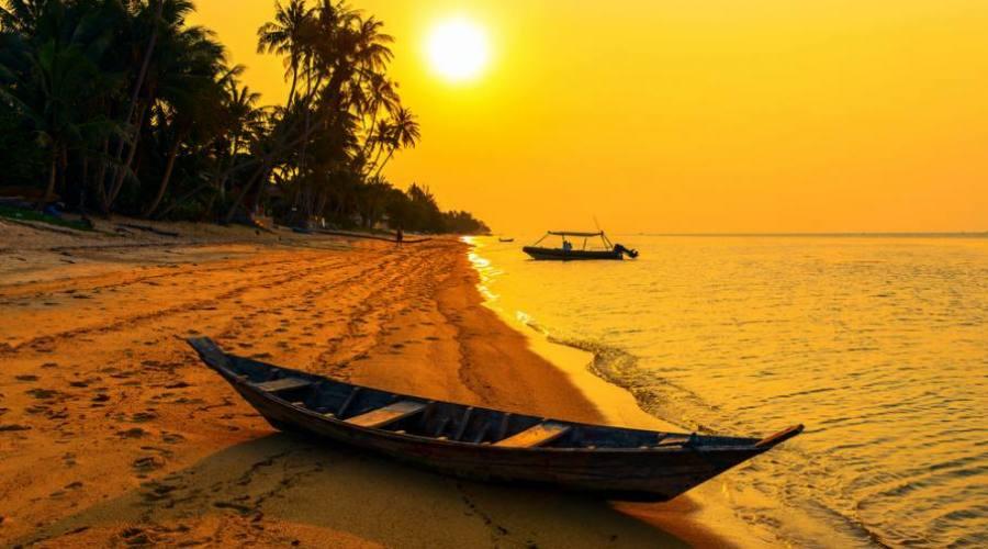 Tramonto sulla spiaggia di Koh Samui