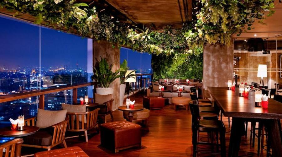 Bangkok: Hotel Pullman G, Scarlett Wine Bar & Restaurant