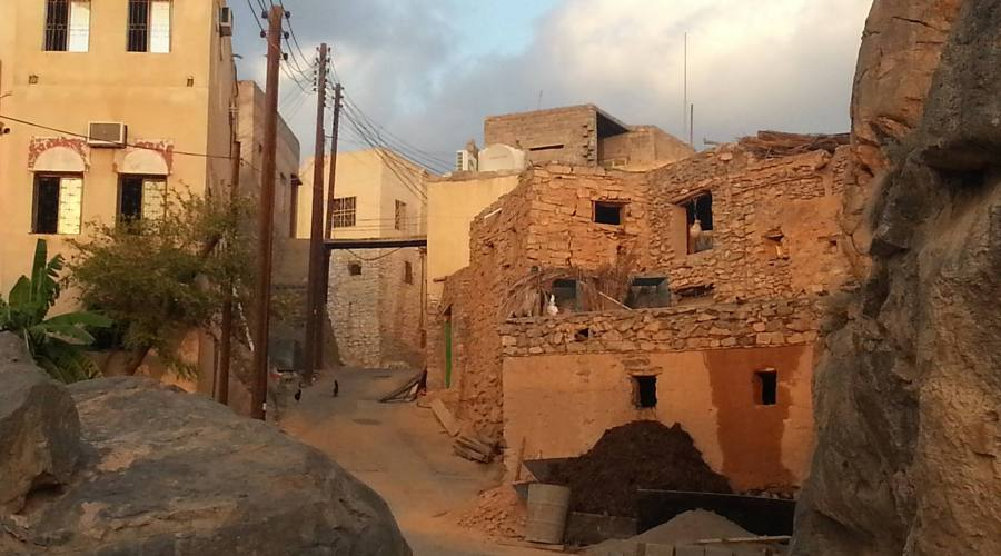 Al Hamra e le case di fango