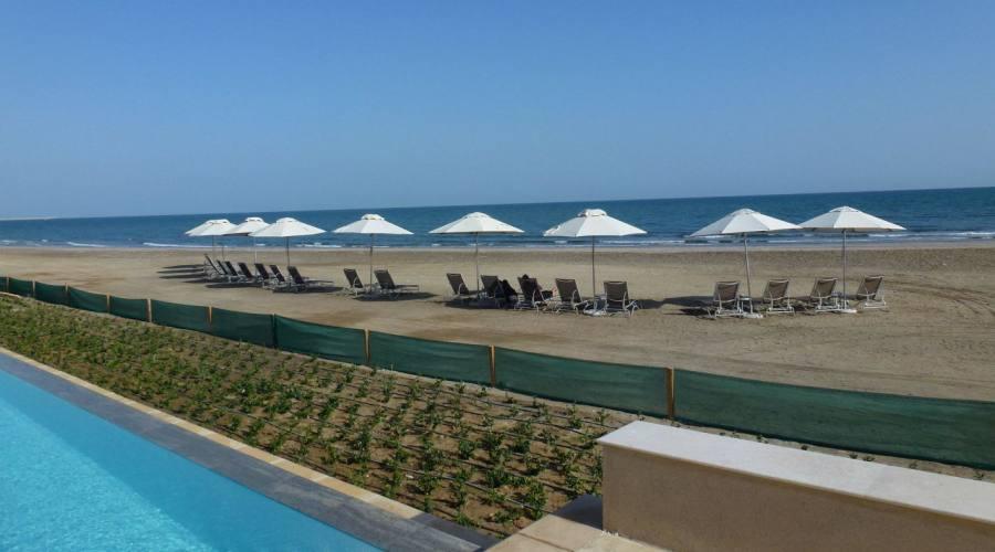 Mare e piscine al Millenium Hotel