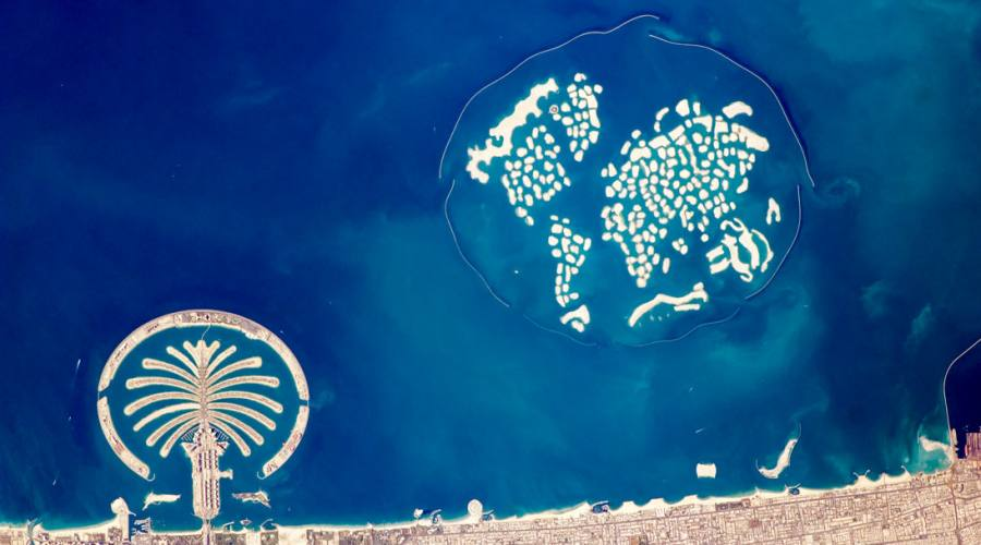 Dubai Palm Jumeirah and The World