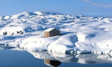 Tra gli Iceberg durante l'inverno polare