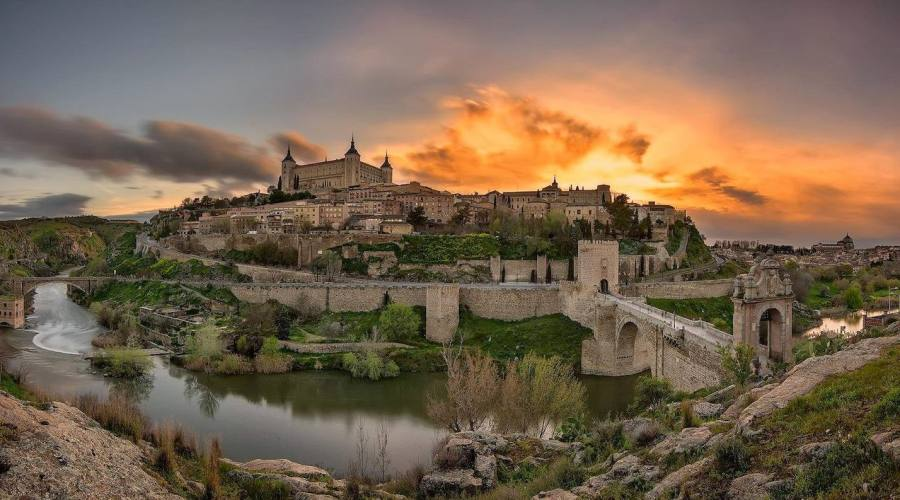 Toledo al tramonto