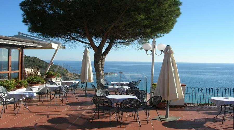 Terrazza hotel sul mare