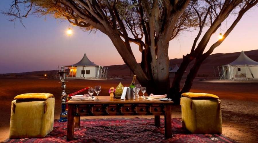 Desert night Camp dining