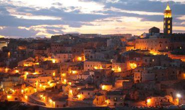 Luci, suoni e drammaturgia: la Passione di Cristo a Matera