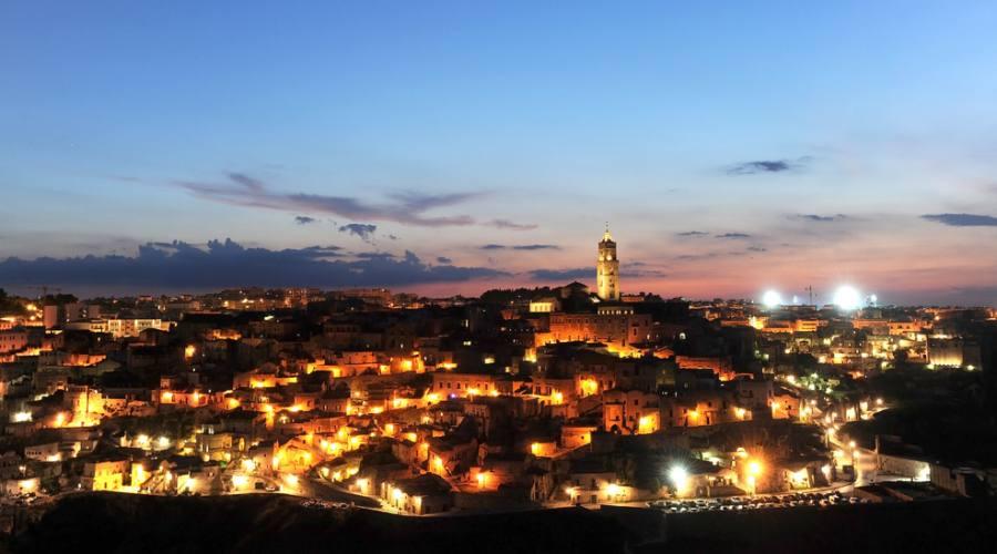 Panorama notturno Sassi